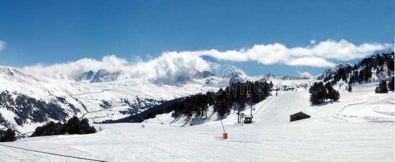 Panorama andorrano de la montaña imágenes de archivo libres de regalías