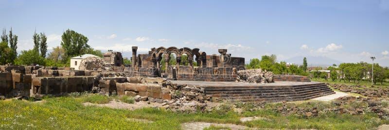 Panorama armênio antigo de Zvarnots da igreja ortodoxa foto de stock royalty free