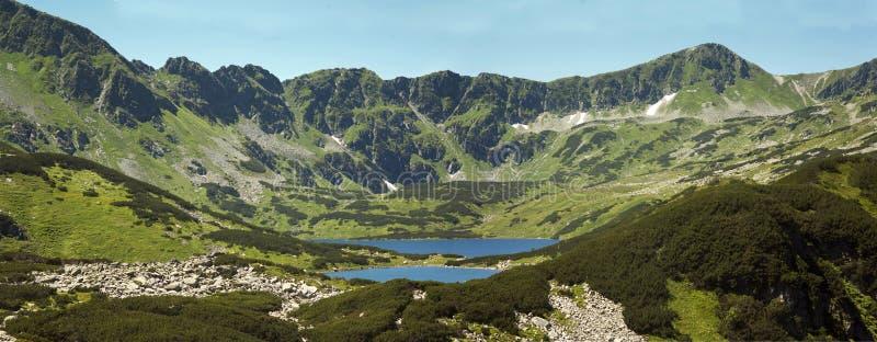 Panorama auf Tatras-Bergen, Tal von fünf Teichen Zakopane in Polen lizenzfreie stockfotos