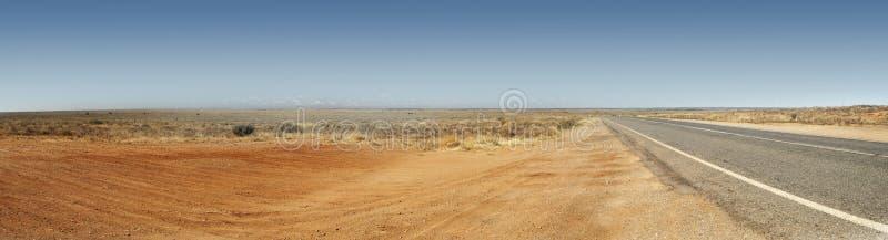 Panorama australiano da estrada do interior fotografia de stock royalty free