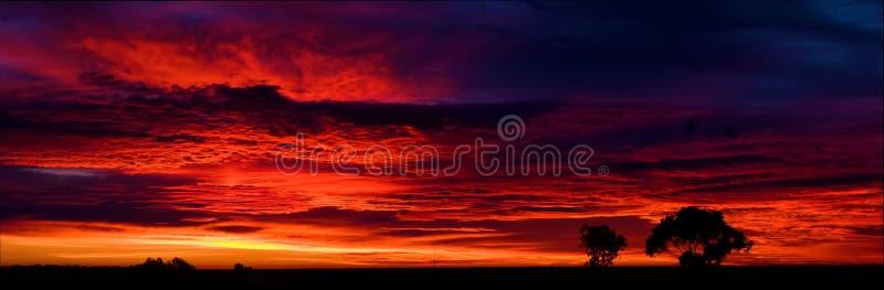 Panorama av att göra ljusare Ridge soluppgång royaltyfri bild