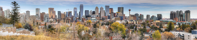 Panorama av Calgary, Kanada horisont royaltyfri foto