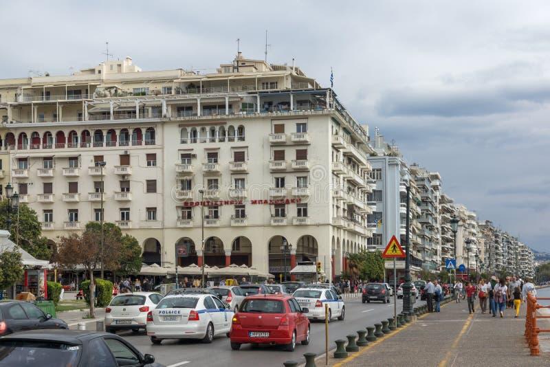 Panorama av den Aristotelous fyrkanten i mitten av staden av Thessaloniki, centrala Macedon royaltyfri foto