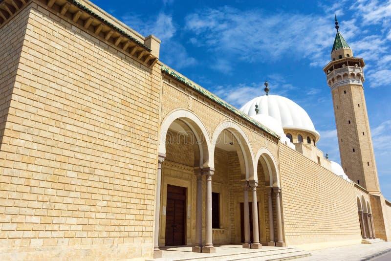 Panorama av den Bourguiba moskén i Monastir, Tunisien arkivfoton