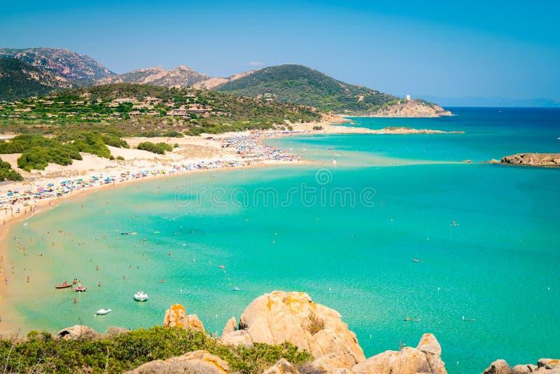 Panorama av den Chia kusten, Sardinia, Italien royaltyfria bilder