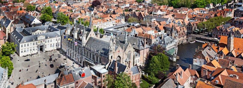 Panorama av den flyg- sikten av Bruges (Brugge), Belgien arkivbild