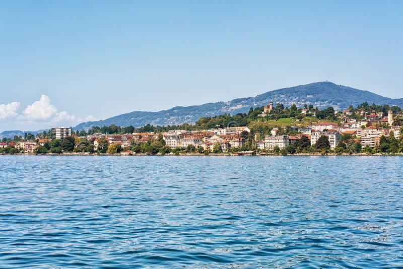 Panorama av den Montreux staden på Genève sjön royaltyfria foton