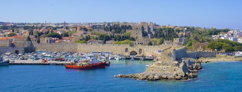 Panorama av den Rhodes staden, Grekland royaltyfri bild