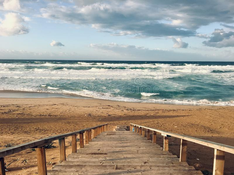 Panorama av det jungfruliga medelhavs- kustlandskapet i Skikda, Algeriet fotografering för bildbyråer