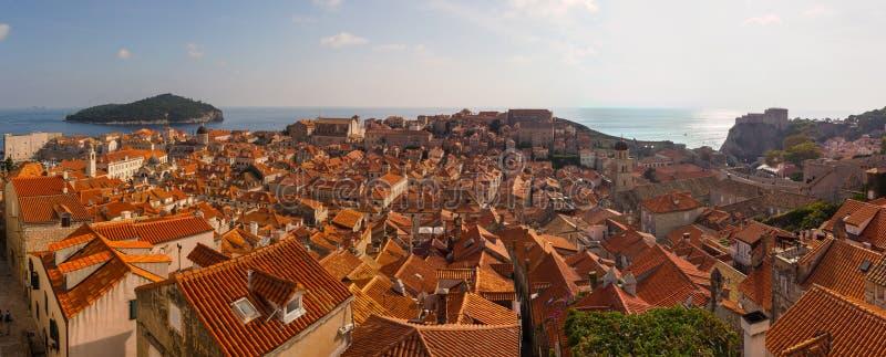 Panorama av Dubrovnik från höga poängen croatia arkivfoto