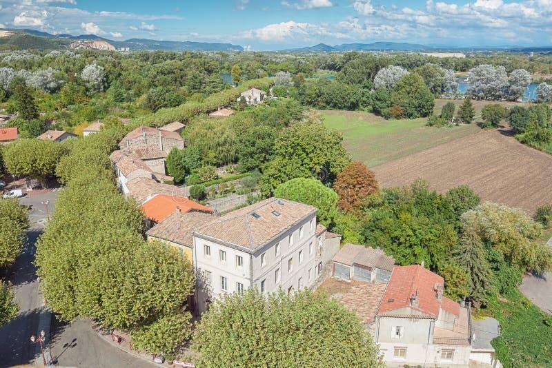 Panorama av en dal nära byn Viviers i den Ardeche regen royaltyfri bild