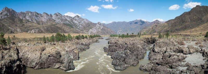 Panorama av floden fotografering för bildbyråer
