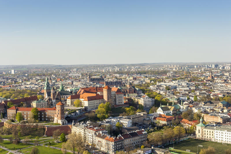 Panorama av härliga Krakow, tidigare huvudstad av Polen, Eur royaltyfria foton