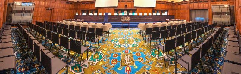 Panorama av ICJ-courtromen royaltyfria bilder