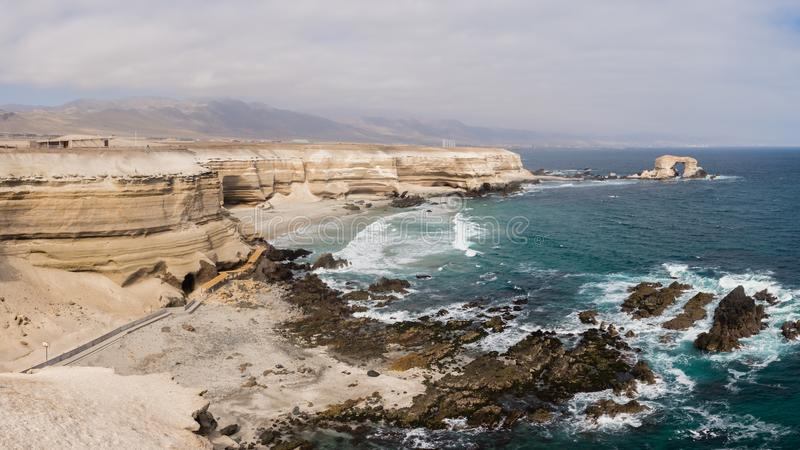 Panorama- av kusten nära den Antofagasta staden i Chile fotografering för bildbyråer