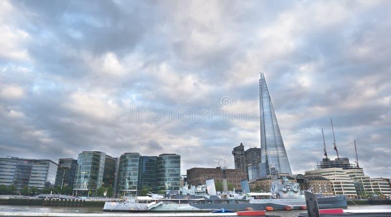 Panorama av London det finansiella området royaltyfri bild
