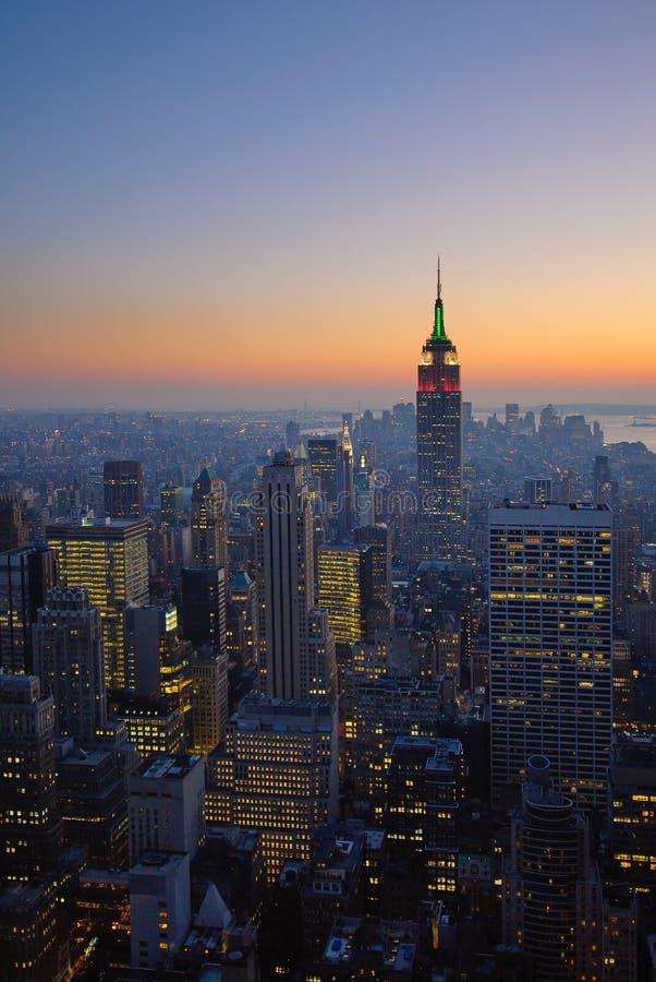 Panorama av manhattan på solnedgången, New York arkivfoton