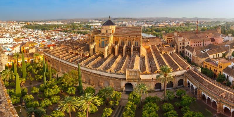 Panorama av Mezquita i Cordoba, Spanien arkivbild