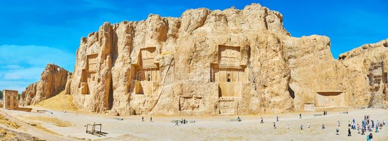 Panorama av Naqsh-e Rustam den arkeologiska platsen arkivbild