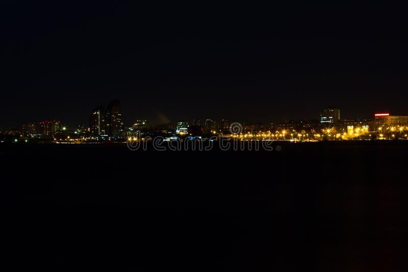 Panorama av nattstaden arkivfoton