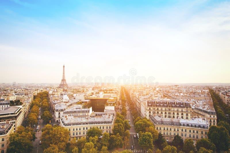 Panorama av Paris med Eiffeltorn, Frankrike arkivbild