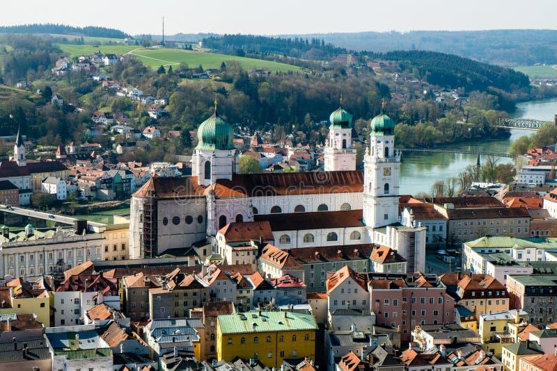 Panorama av Passau med Dom Bavaria Tyskland arkivfoton