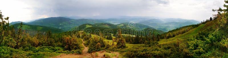 Panorama av Pilsko royaltyfria foton