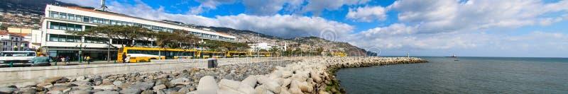 Panorama av port av Funchal, madeira arkivfoton