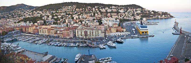 Panorama av port Lympia, Nice, Frankrike royaltyfria bilder