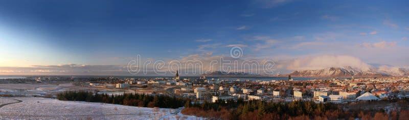 Panorama av Reykjavík royaltyfria bilder