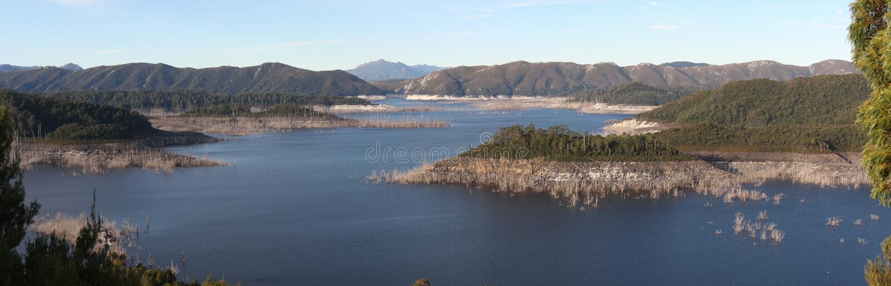 Panorama av sjön Gordon royaltyfri foto