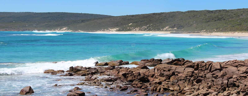 Panorama av smed strand södra västra Australien royaltyfri foto