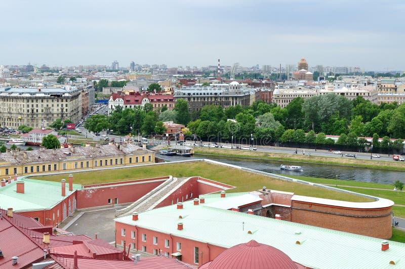 Panorama av St Petersburg, Ryssland från en höjd royaltyfri fotografi