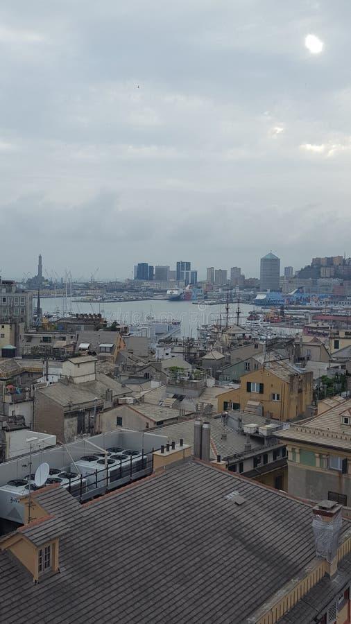 Panorama av staden av Genua fotografering för bildbyråer