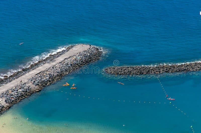 Panorama av stranden Las Teresitas, Tenerife, kanariefågelöar, Spanien royaltyfria bilder