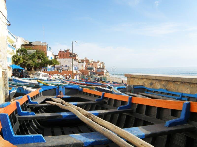 Panorama av Taghazout - surfareby, sikt från fiskarefartyget fotografering för bildbyråer