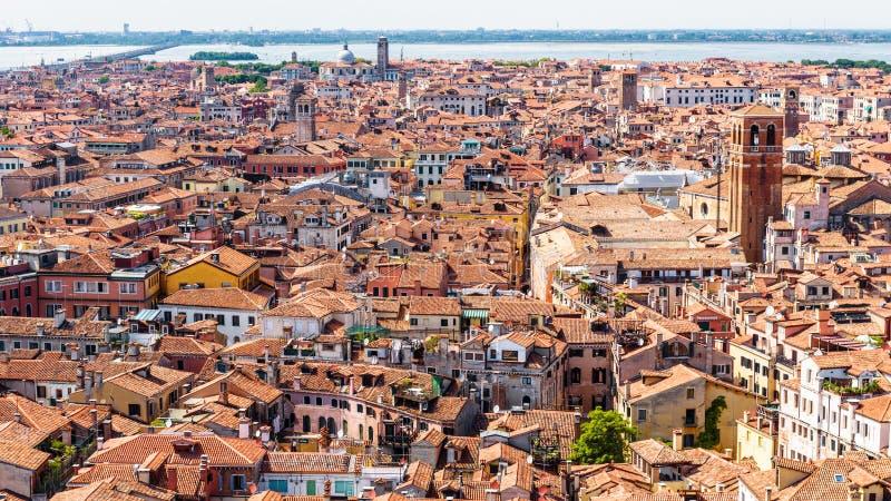 Panorama av Venedig som tas från över, Italien fotografering för bildbyråer