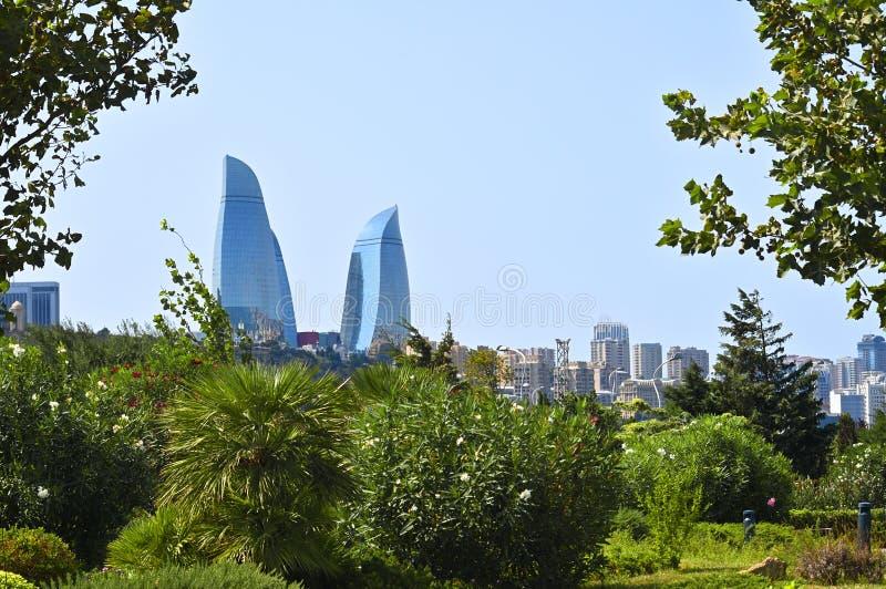 Panorama Bakou Aperçu du parc de montagne du côté du b photo stock