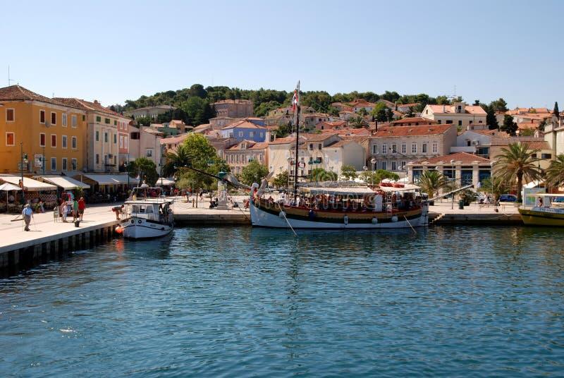Panorama bij Mali Losinj-haven, Kroatië stock foto