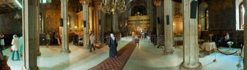 Panorama binnen kerk royalty-vrije stock afbeeldingen