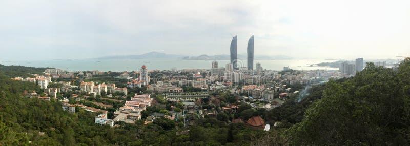 Panorama bliźniaczych wież, Xiamen kampusu i Nanputuo świątynia w Xiamen mieście, południowo-wschodni Chiny fotografia stock