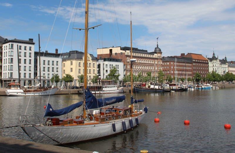 Panorama bonito de Helsínquia, Finlandia imagens de stock royalty free