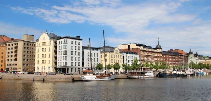 Panorama bonito de Helsínquia, Finlandia foto de stock royalty free