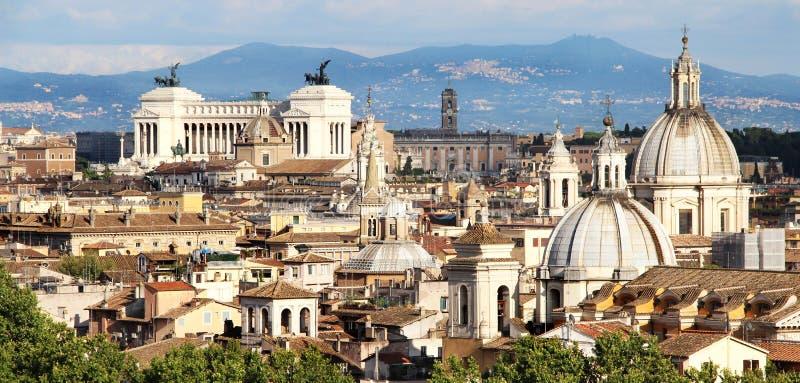 Panorama bonito de Roma, Itália fotografia de stock royalty free