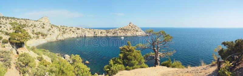 Panorama bonito do mar imagens de stock royalty free