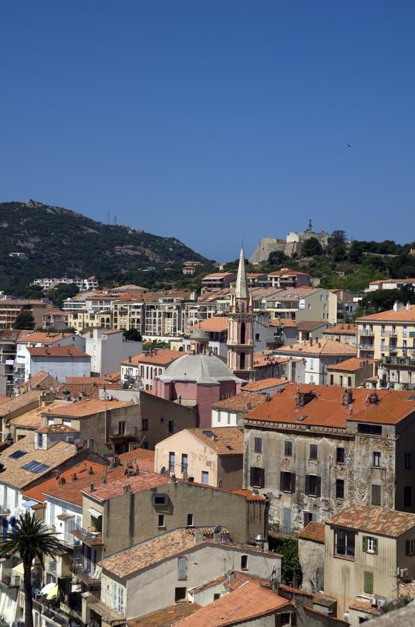 Panorama in Calvi de stad in op het eiland van Corsica in Frankrijk stock afbeelding