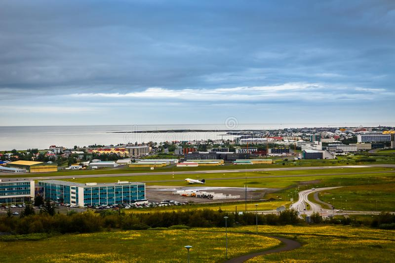 Panorama capital islandés, calles y wi resedential de los edificios fotos de archivo libres de regalías