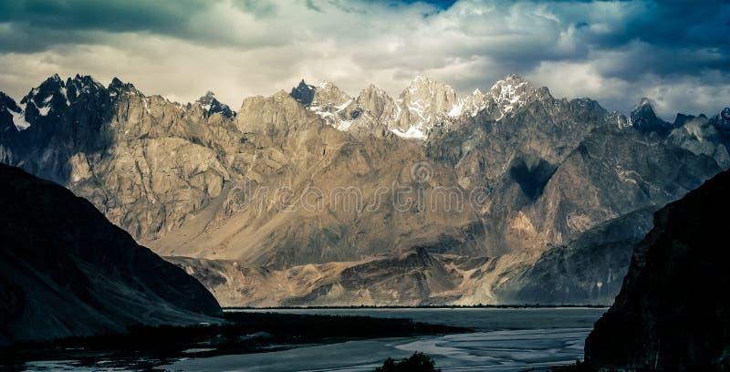 Panorama central de parc national de Karakorum photo stock