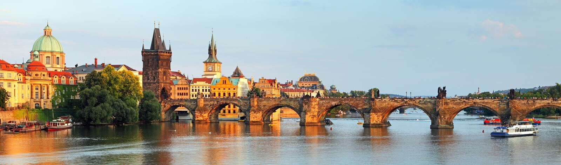 Panorama Charles most w Praga, republika czech fotografia stock