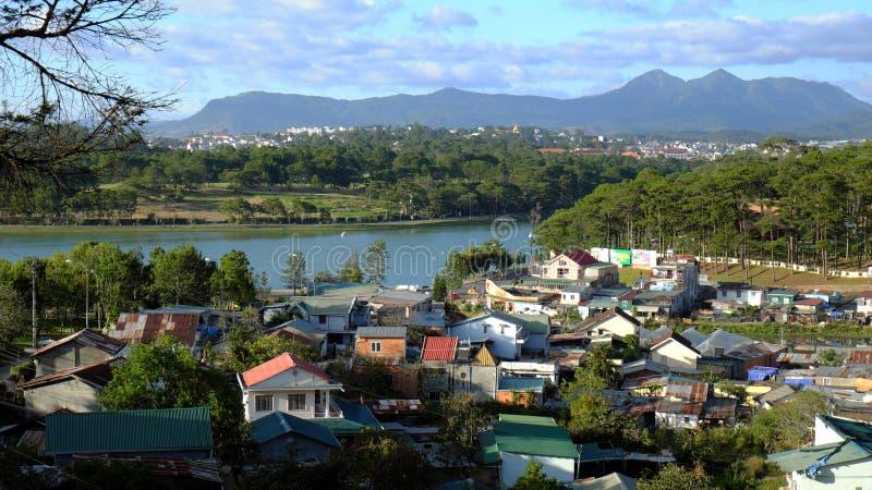 Panorama, città di Dalat, Lat del Vietnam, Da immagine stock